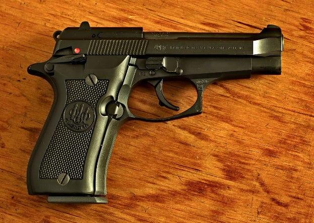 Beretta Cheetah 84FS and 85FS Pistol Review: .380 Pistol - Life Under Sky