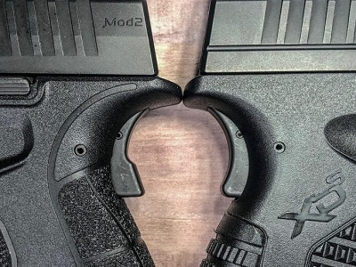 Springfield Armory XD-S - Grip Safety