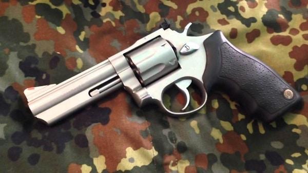 Taurus Model 66 - 3